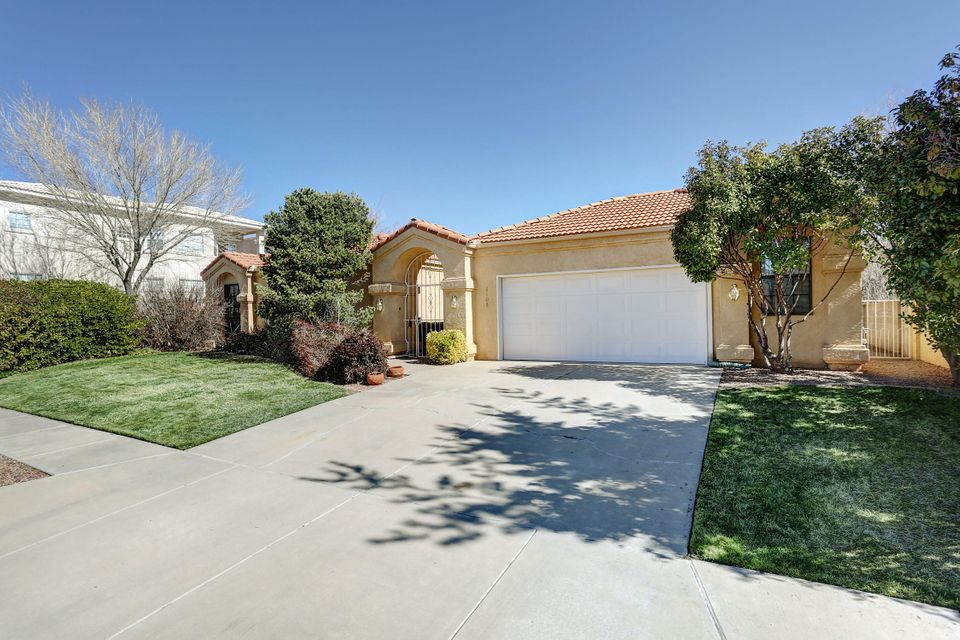 8408 Mendocino Drive NE, Albuquerque, NM 87122