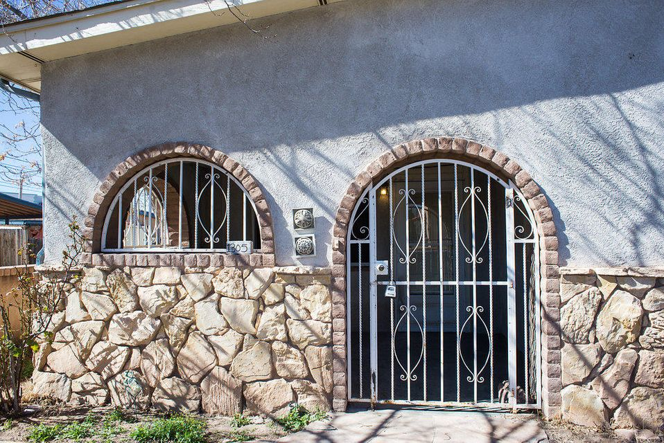 1305 15Th Street NW, Albuquerque, NM 87104