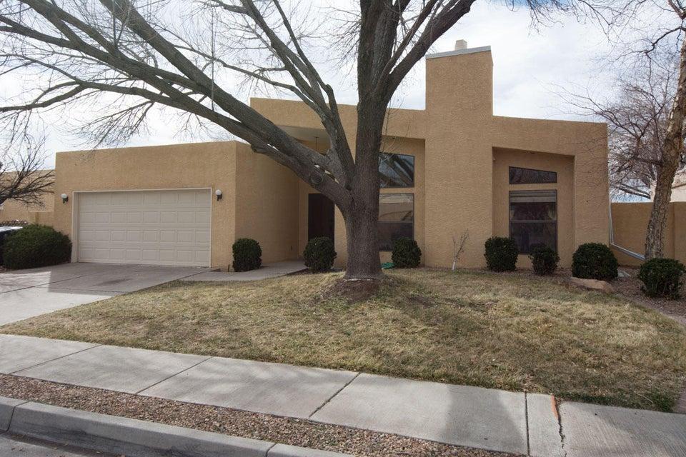 7311 Don Tomas Lane NE, Albuquerque, NM 87109