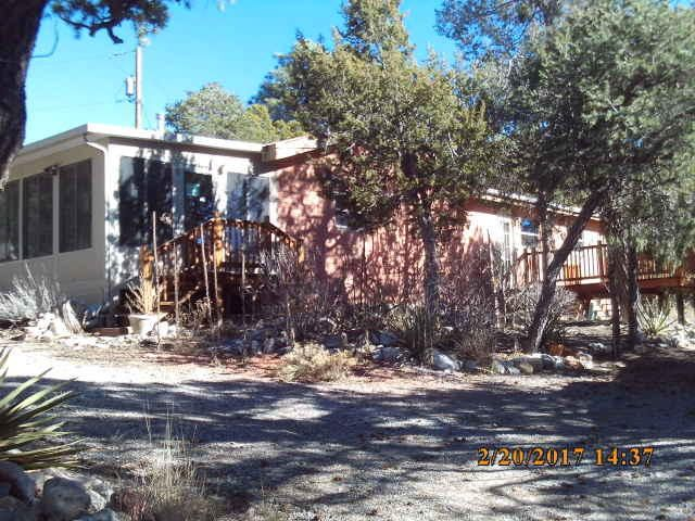 18 Lamplighter, Tijeras, NM 87059
