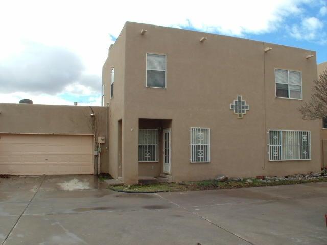 516 PHOENIX Avenue NW, Albuquerque, NM 87107