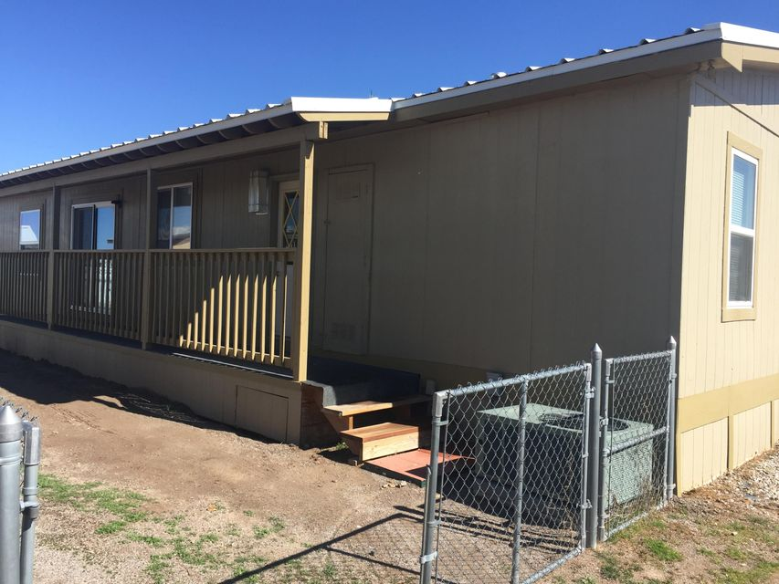 1090 Giron Court SE, Los Lunas, NM 87031