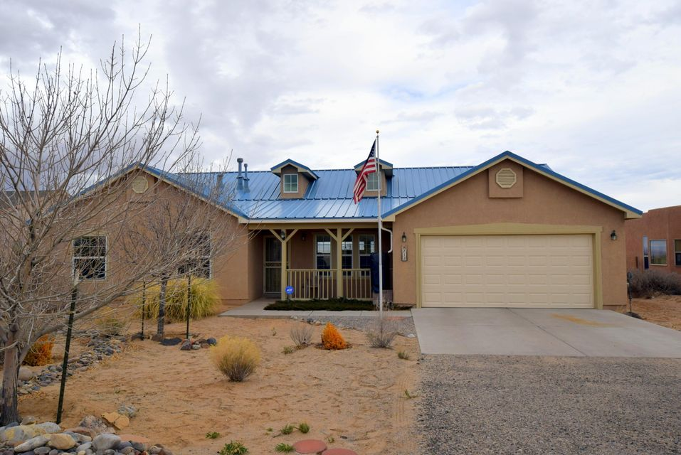 712 8Th Street NE, Rio Rancho, NM 87124