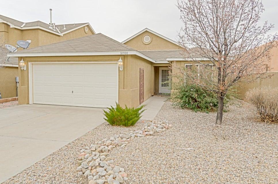10900 Dreamy Way NW, Albuquerque, NM 87114