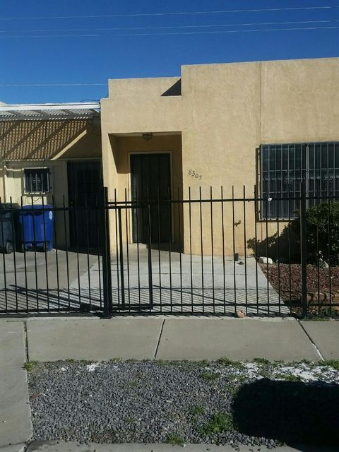 8305 Shawnee Place SE, Albuquerque, NM 87108