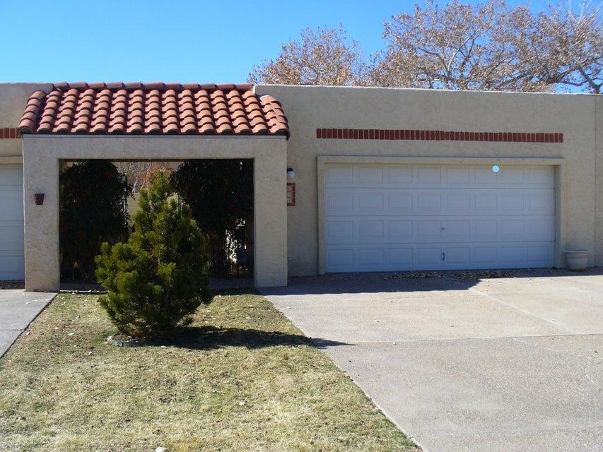 634 EASTLAKE Drive SE, Rio Rancho, NM 87124