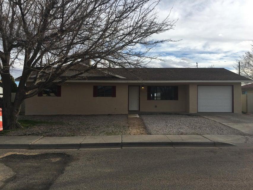 1105 W Didier Avenue, Belen, NM 87002