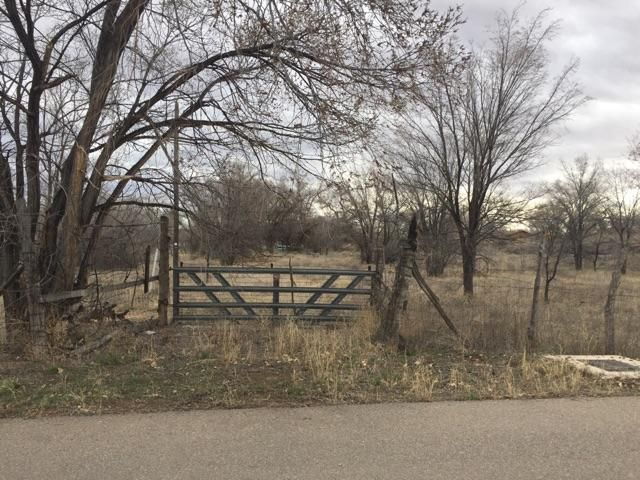 2244 Margo Road SW, Albuquerque, NM 87105