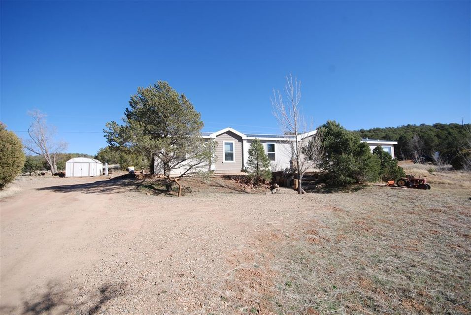 8 Archery Ridge Road, Tijeras, NM 87059