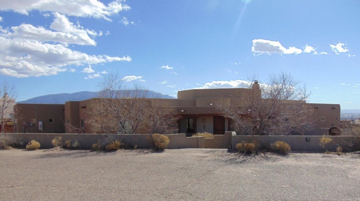 840 Saratoga Drive NE, Rio Rancho, NM 87144