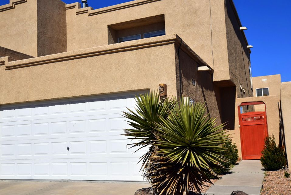 5235 Chris Court NW, Albuquerque, NM 87120
