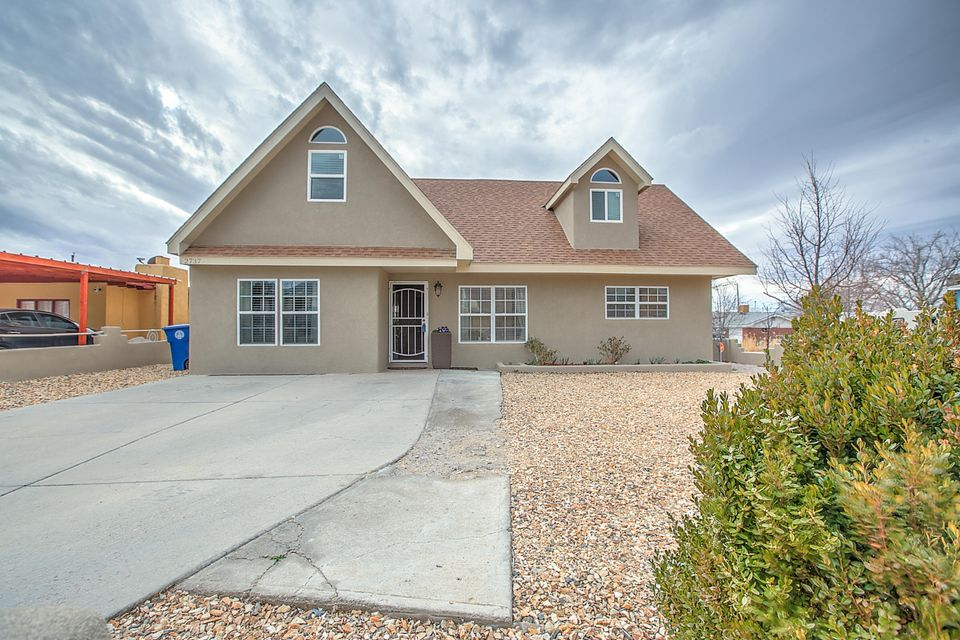2737 Georgia Street NE, Albuquerque, NM 87110