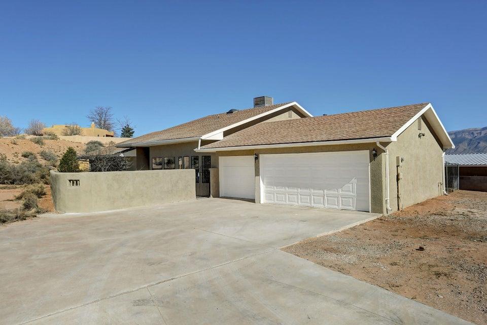 5521 Cody Road NE, Rio Rancho, NM 87144