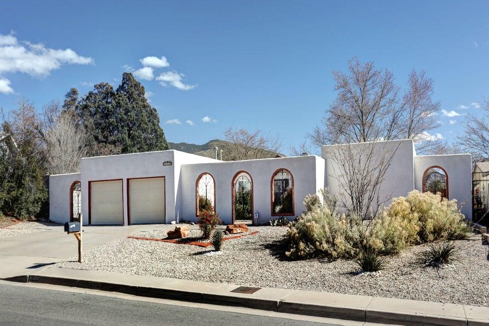 4108 Tara Drive NE, Albuquerque, NM 87111