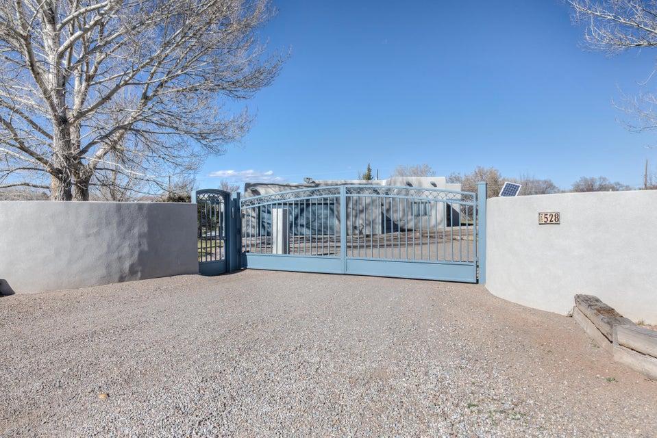 528 Alamos Road, Corrales, NM 87048