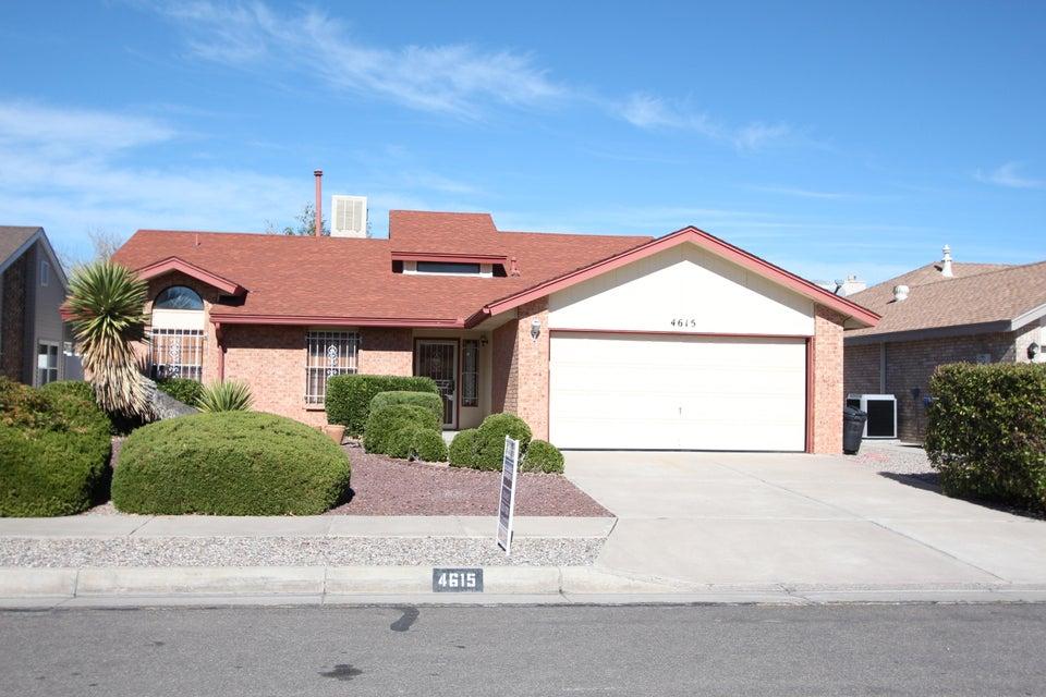 4615 Lariat Avenue NW, Albuquerque, NM 87120