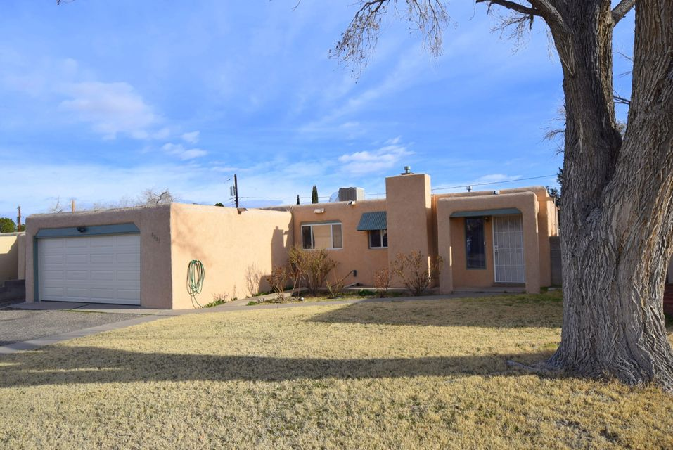 6221 Hannett Avenue NE, Albuquerque, NM 87110
