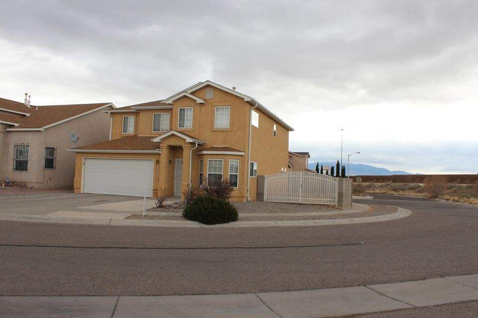 1800 Yarbrough Place NW, Albuquerque, NM 87120
