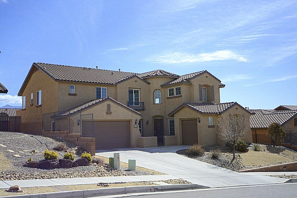 116 Los Miradores Drive NE, Rio Rancho, NM 87124