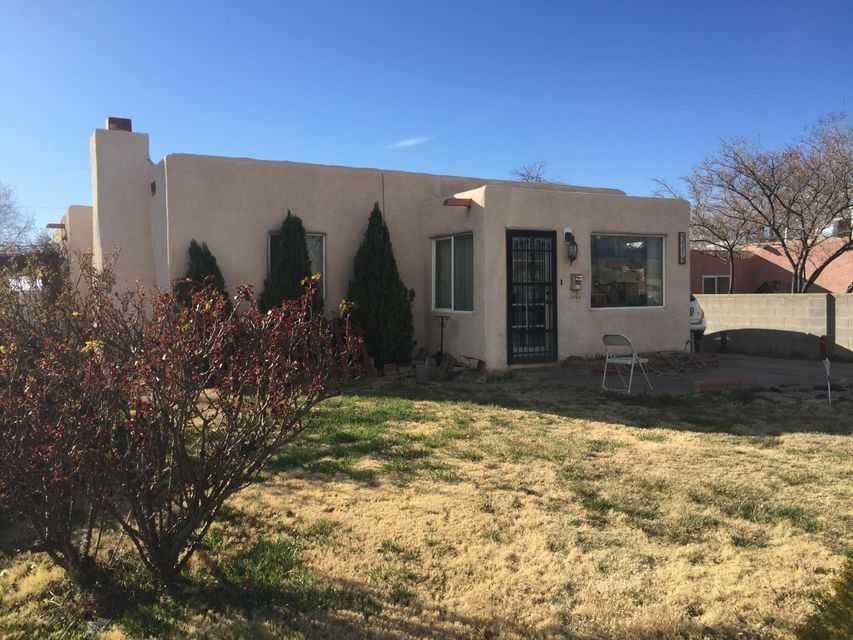 437 Chama Street NE, Albuquerque, NM 87108