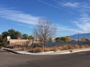 400 Loma Hermosa Drive NW, Albuquerque, NM 87105