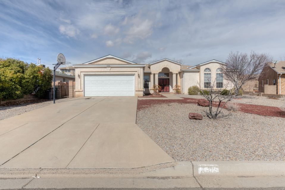 7296 Spruce Mountain Loop NE, Rio Rancho, NM 87144