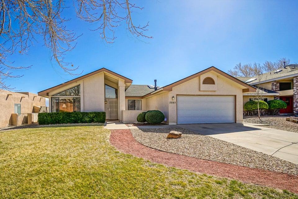 7505 Staunton Place NW, Albuquerque, NM 87120
