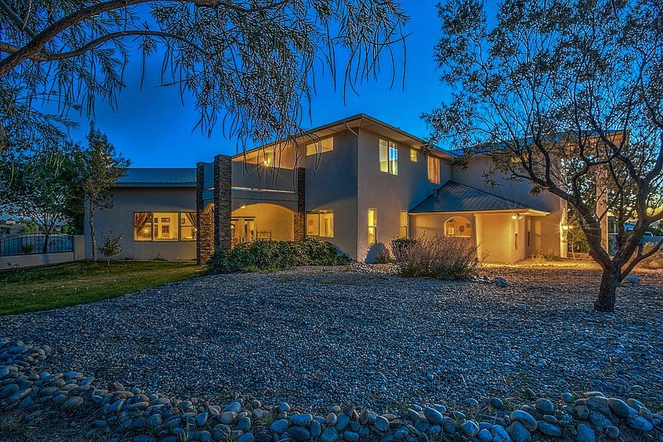 10522 Elena Drive NE, Albuquerque, NM 87122