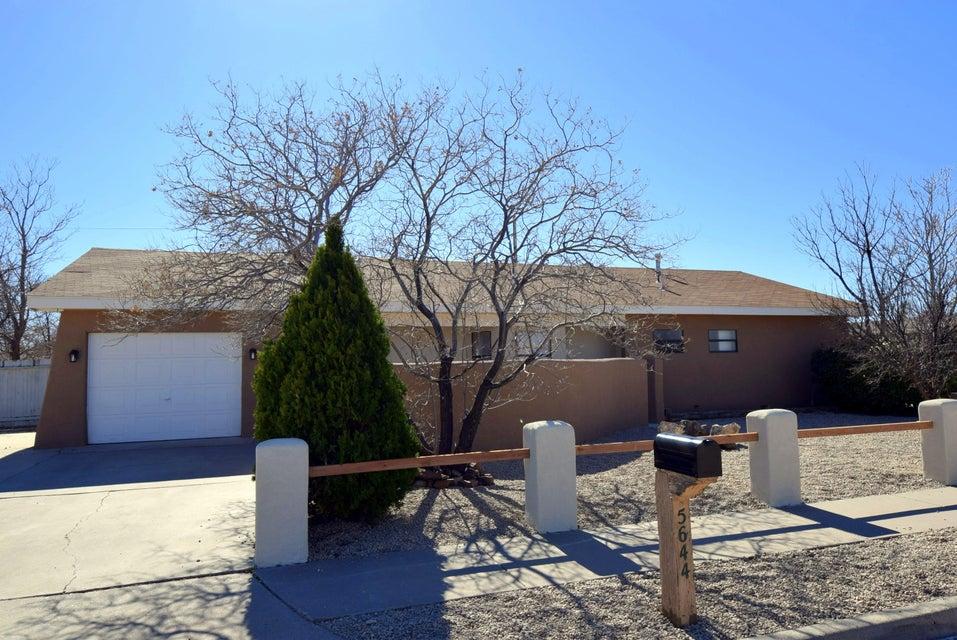 5644 Drake Avenue NW, Albuquerque, NM 87114
