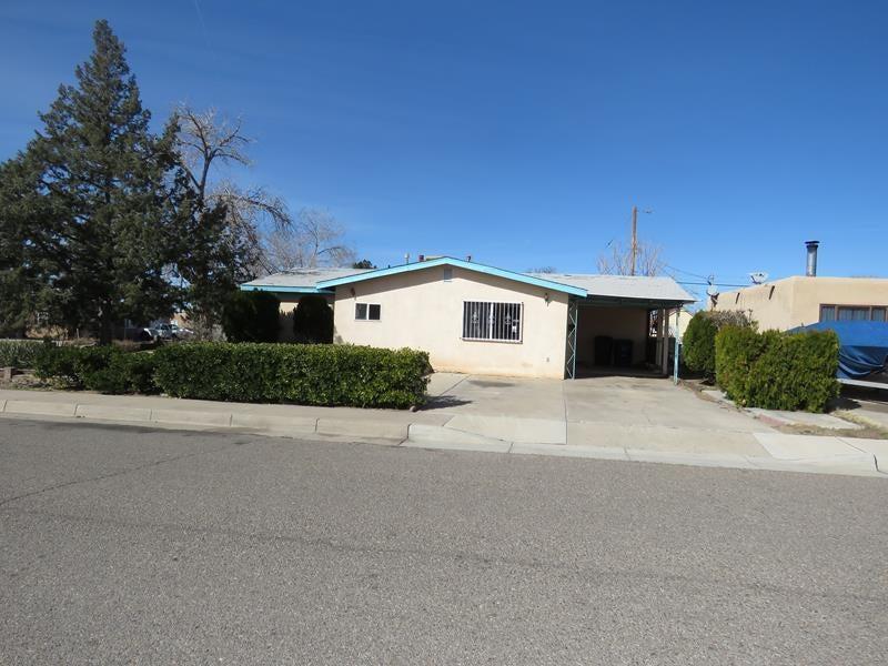 1003 Marcella Street NE, Albuquerque, NM 87112