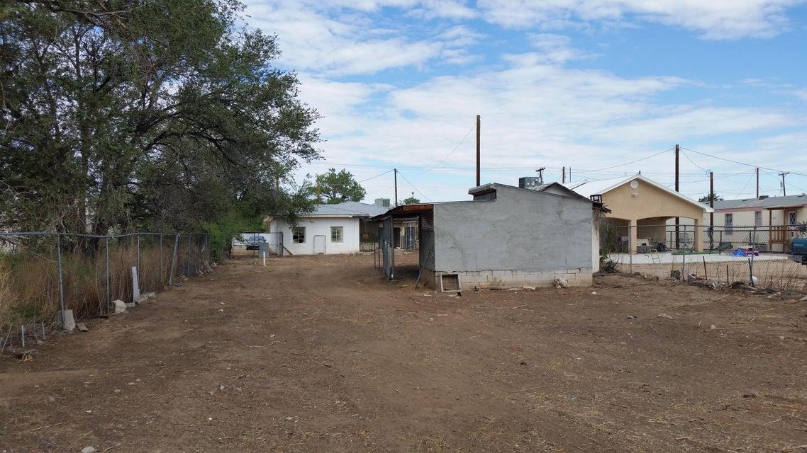 669 Jarales Road, Belen, NM 87002