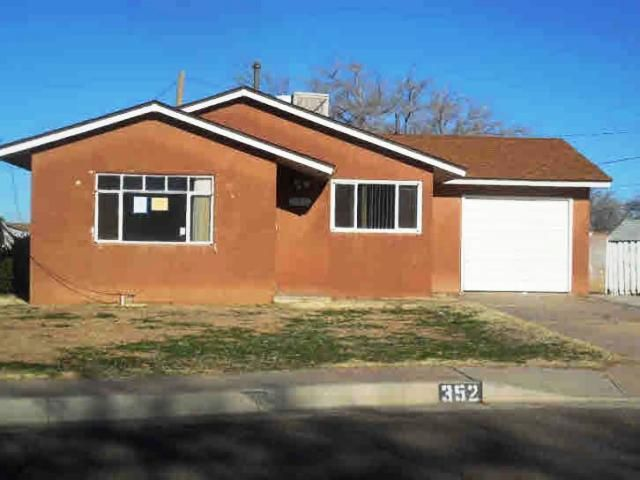 352 Buena Ventura Court NE, Albuquerque, NM 87123
