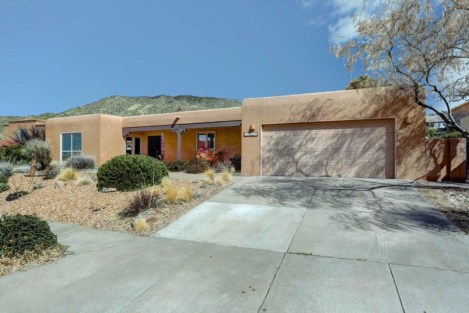 1804 Valdez Drive NE, Albuquerque, NM 87112