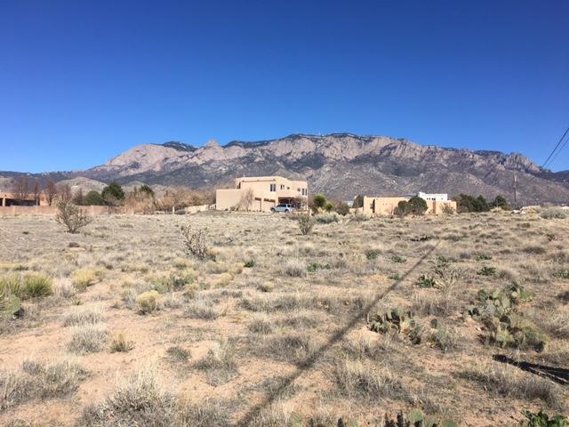 10051 Florence Avenue NE, Albuquerque, NM 87122