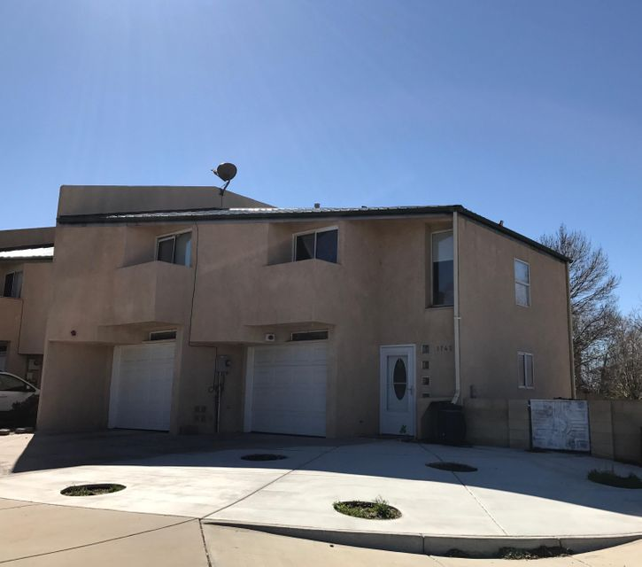 1743 55Th Street NW, Albuquerque, NM 87105