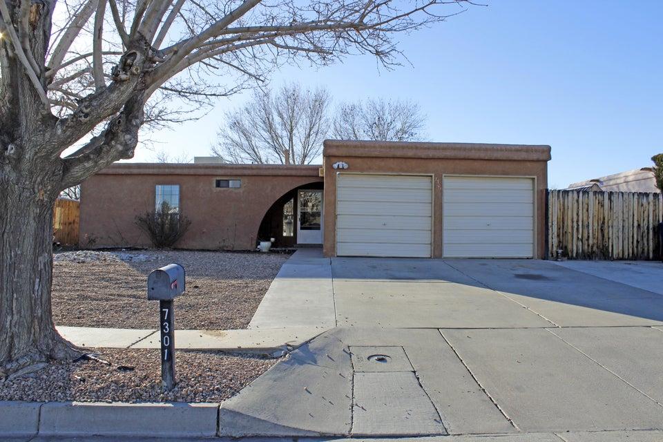7301 Santa Fe Trail NW, Albuquerque, NM 87120