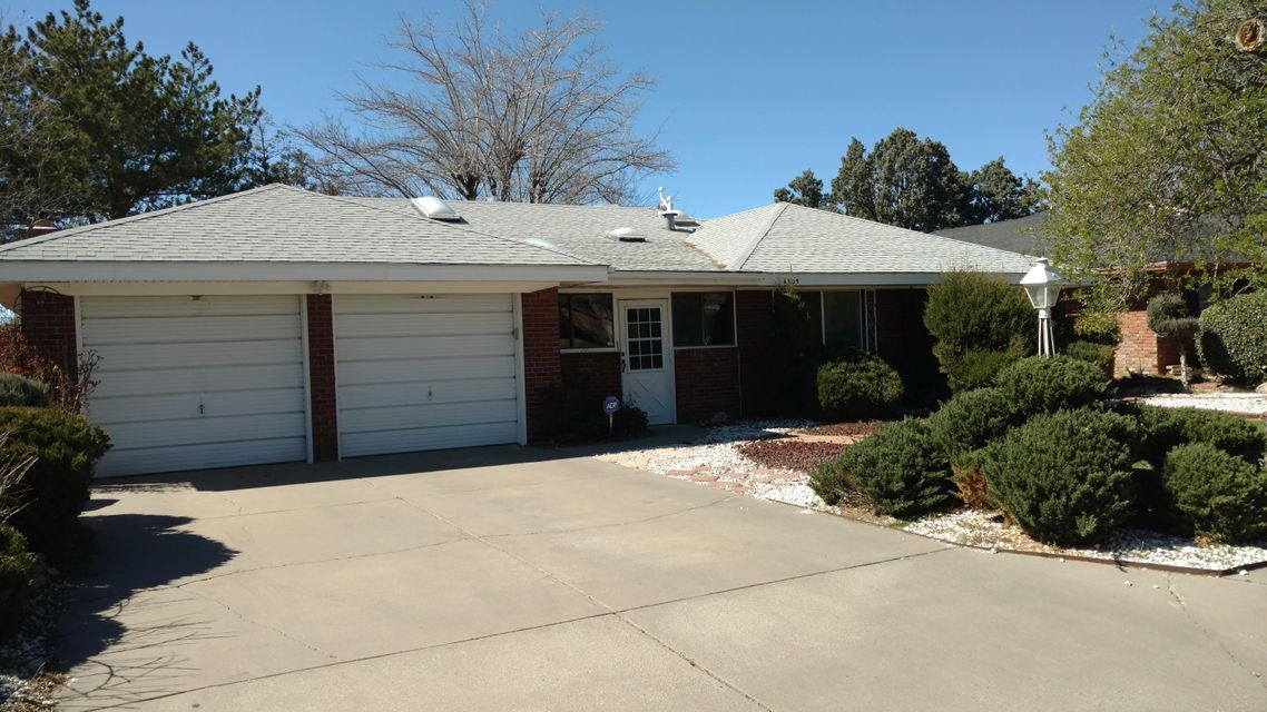 4305 NE Cobblestone Place NE, Albuquerque, NM 87109