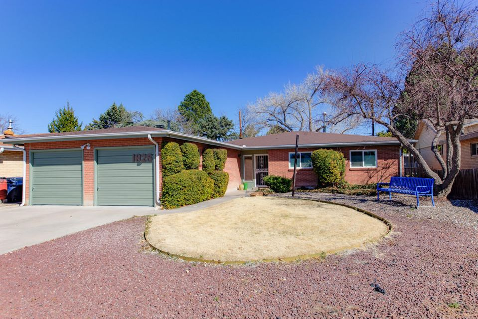 1826 Morningside Drive NE, Albuquerque, NM 87110