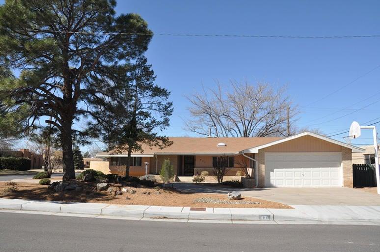 401 Montclaire Drive NE, Albuquerque, NM 87108