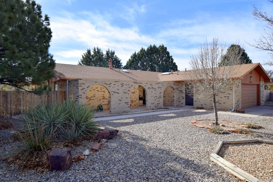 804 Foltz Court, Rio Communities, NM 87002