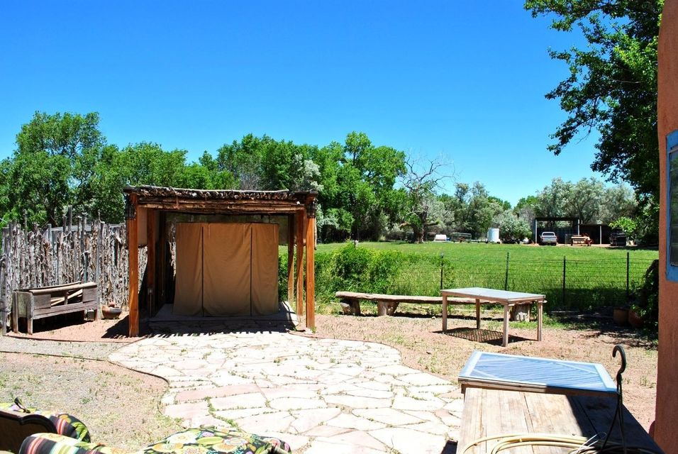 21 Baros Lane, Bernalillo, NM 87004
