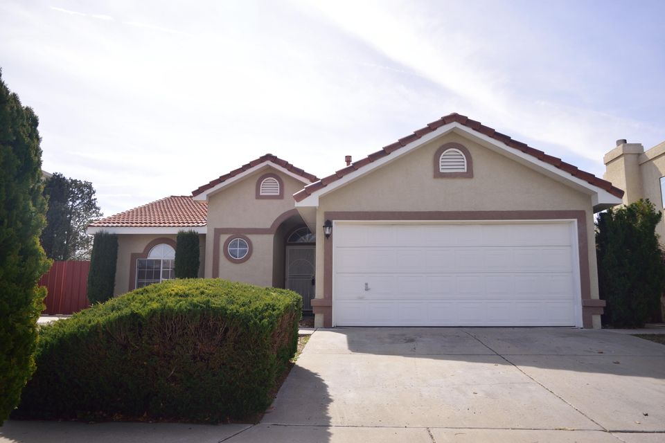 4812 Plume Road NW, Albuquerque, NM 87120