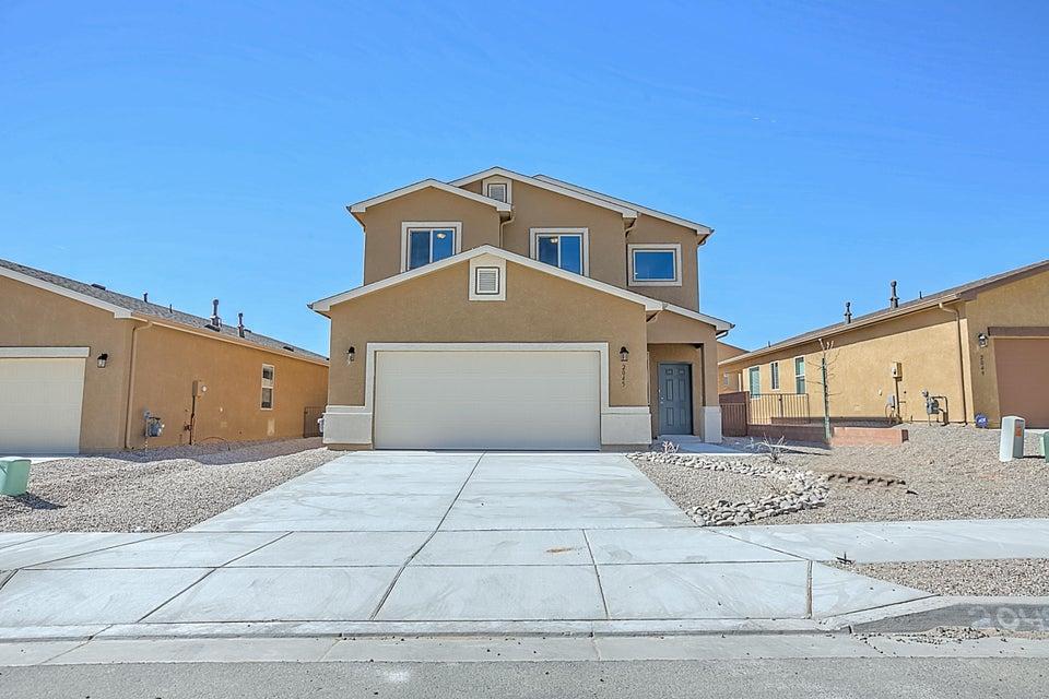 2045 Solara Loop NE, Rio Rancho, NM 87144