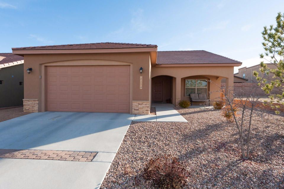 6554 Ancients Road NW, Albuquerque, NM 87114