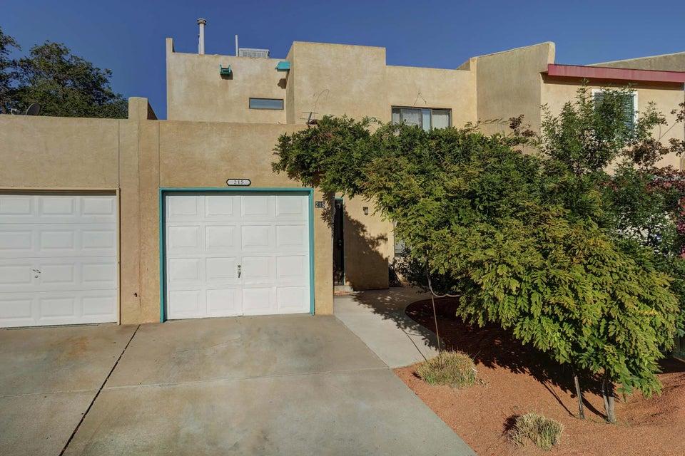 215 Shawnee Court SE, Albuquerque, NM 87108