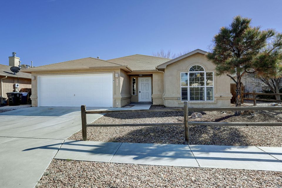 6204 Summer Ray Road NW, Albuquerque, NM 87120