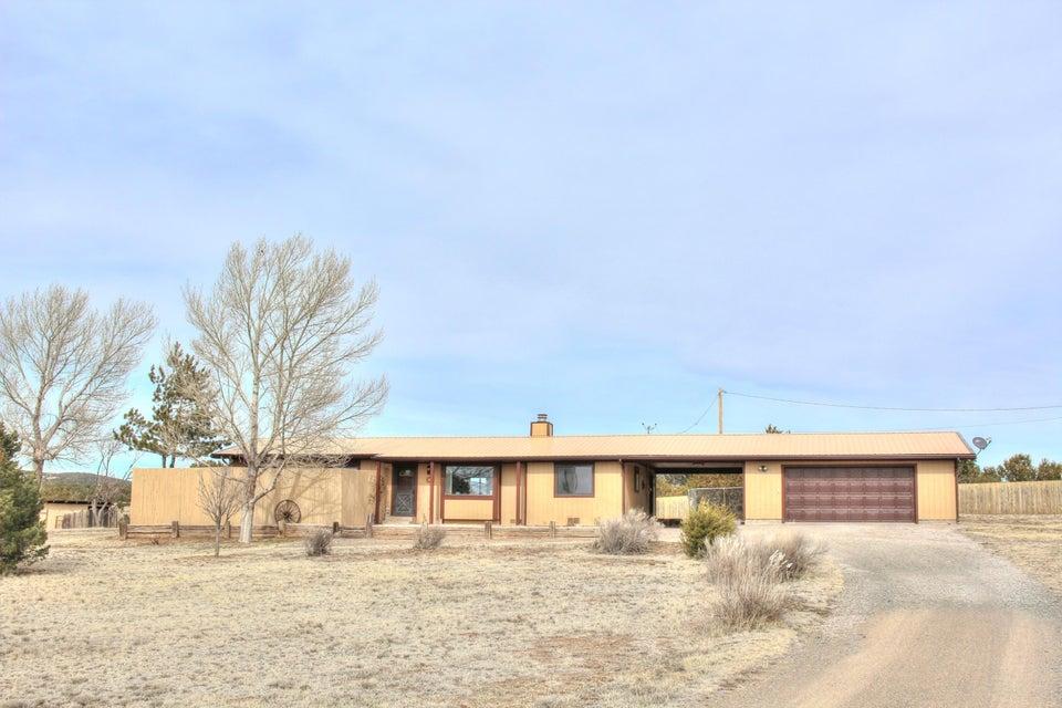 87 Tumbleweed Road, Sandia Park, NM 87047