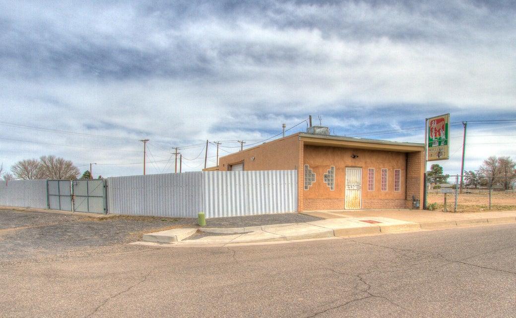 412 Loma Hermosa Drive NW, Albuquerque, NM 87105