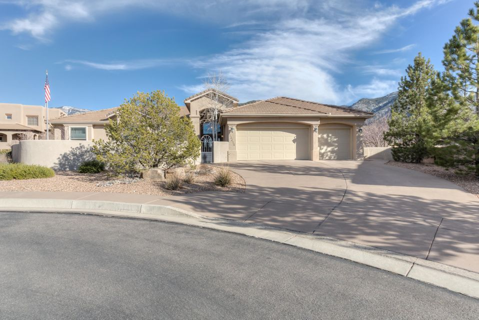 13216 Canyon Edge Trail NE, Albuquerque, NM 87111