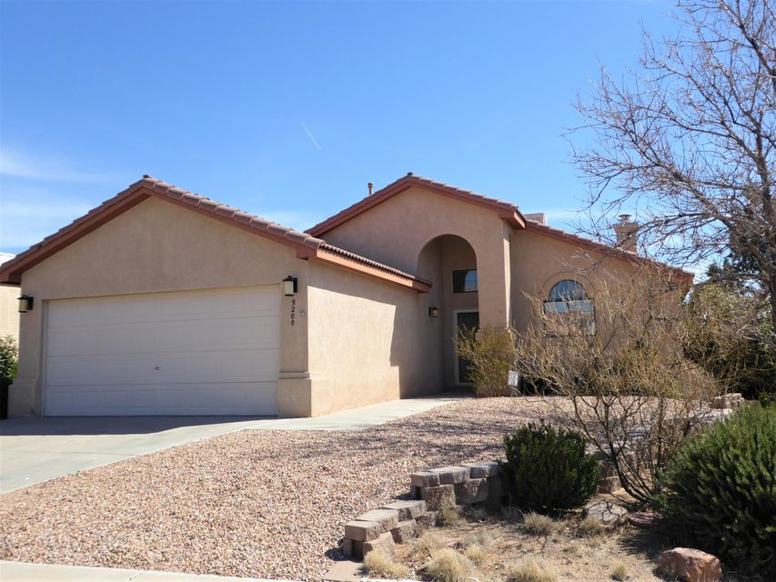 9200 Yvonne Marie Drive NW, Albuquerque, NM 87114